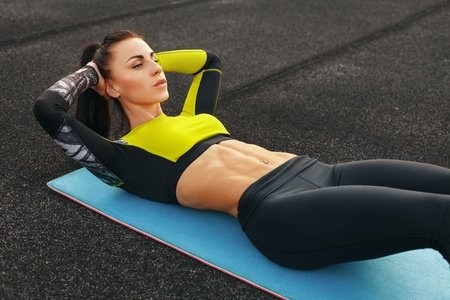 Fitness-Abdominal Crunches